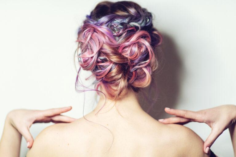 2020新髮型提案!絲絨髮色、fluffy燙最新變髮趨勢一把抓