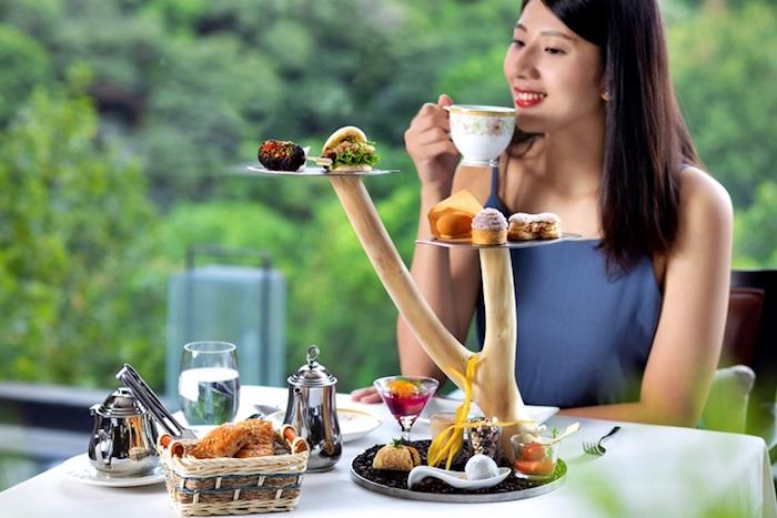 想來場浪漫的溫泉下午茶約會嗎