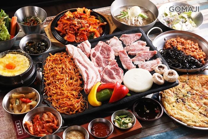 主打頂級西班牙伊比利豬肉、台東香草豬肉,強調食材原始風味,以韓國粗鹽的簡單調味