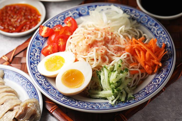台北東區小吃推薦,依碗麵泰式涼麵