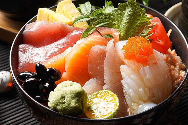 台北車站美食 小吃推薦,渾水摸魚料亭海鮮丼