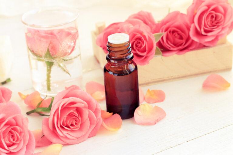 玫瑰精油的功效與使用方法,養顏回春還能補充賀爾蒙!