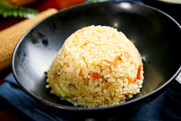 排骨湯 推薦:誠記原汁排骨湯的高麗菜飯