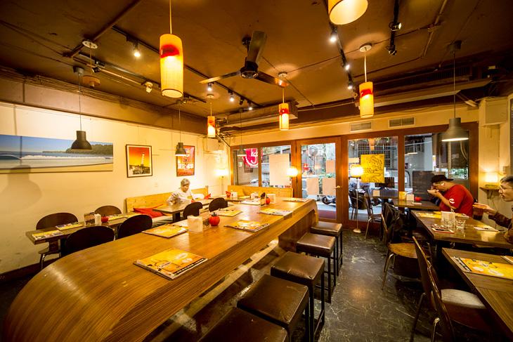 台北美式餐廳 推薦:KGB漢堡的店內裝潢