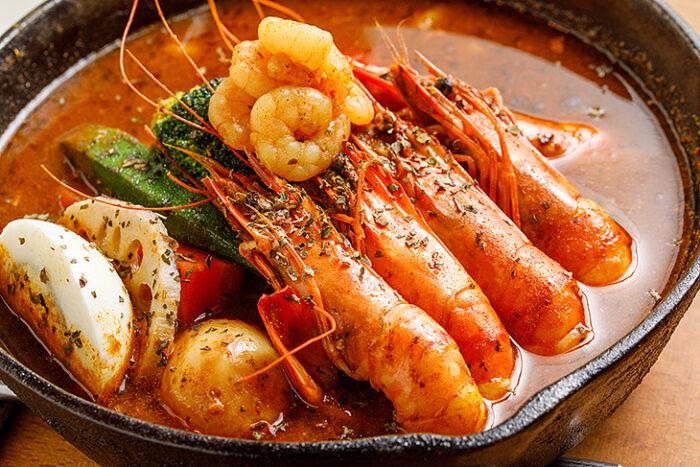 府中美食 推薦:銀兔湯咖哩的濃郁鮮蝦湯咖哩